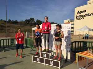 VIII Cross Comarcal Agora International School Barcelona podium femenino